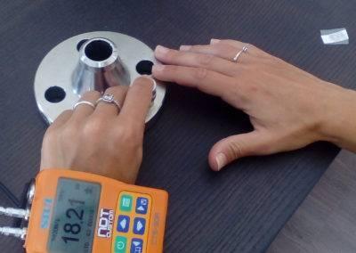 Bracelet thickness gauge